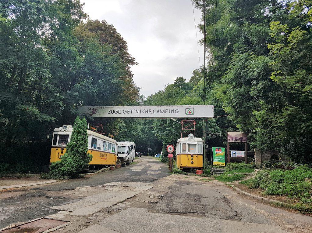camping bij boedapest trams